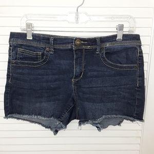 Mudd Denim Distressed Frayed Jeans Shorts Size 13